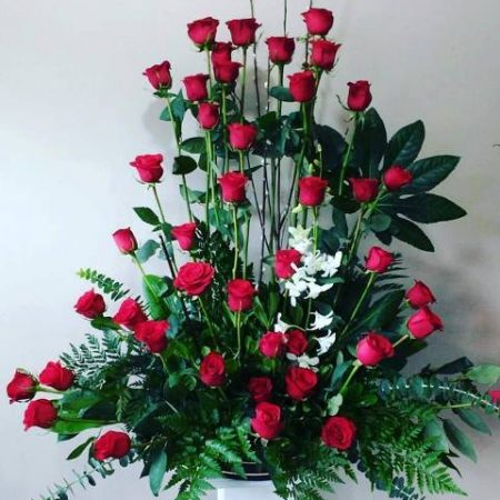 Arreglo Floral con 50 Rosas con Orquídea