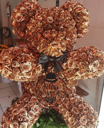 Oso con 550 Rosas Doradas